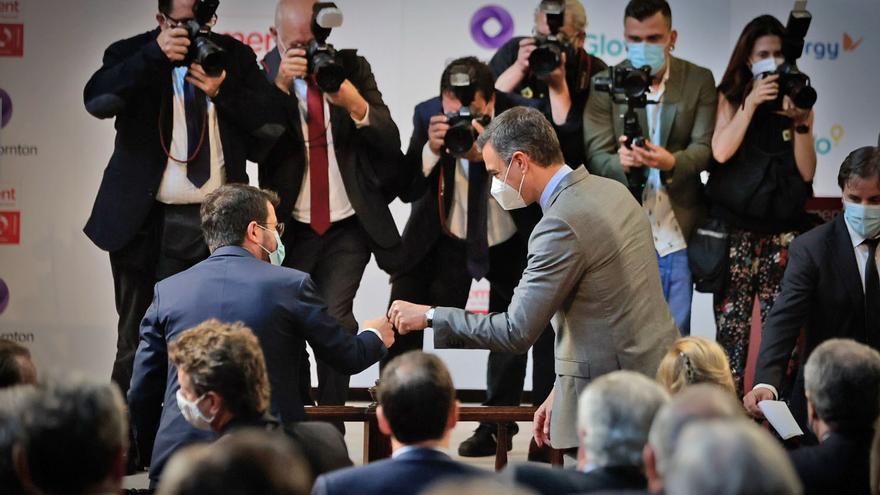"""Sánchez pide """"no buscar revanchas"""" y Aragonès reconoce """"que se han dado pasos adelante"""""""