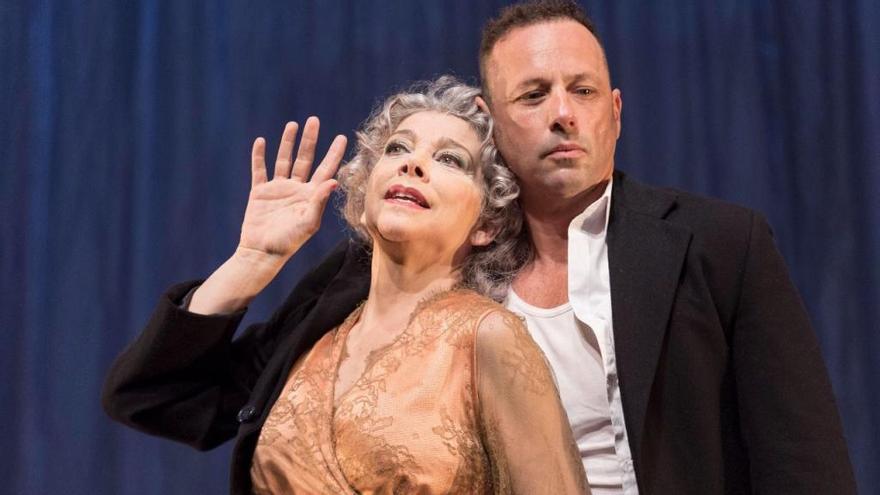 Kiti Mánver encabeza en abril la cartelera del Teatro Cuyás