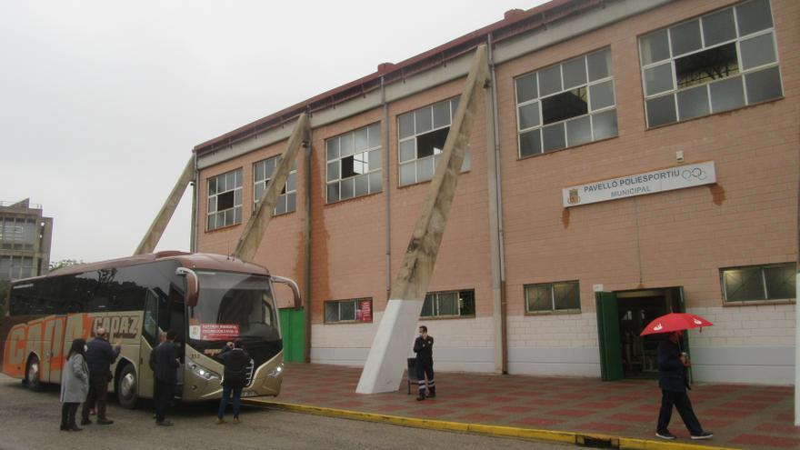 Burjassot estrena autobús al punto de vacunación de Paterna