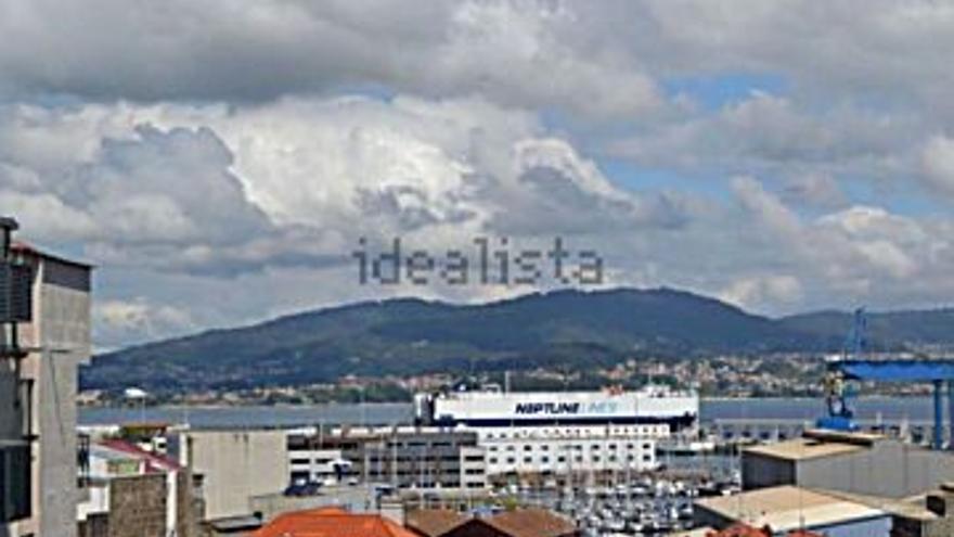 275.000 € Venta de piso en Bouzas (Vigo) 106 m2, 3 habitaciones, 2 baños, 2.594 €/m2...