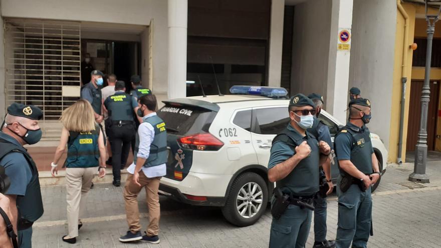 El asesino de Wafaa llega al juzgado de Alzira