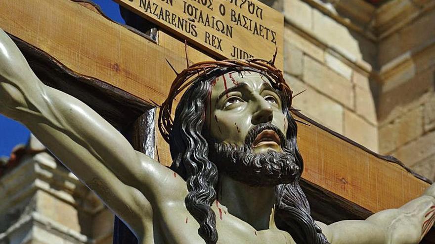 Seis décadas de devoción por el Cristo al Expirar de Toro