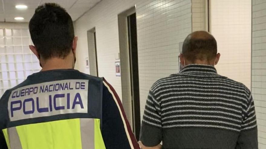 La Policía Nacional detiene en Alicante a un hombre por tres robos consecutivos y una agresión sexual