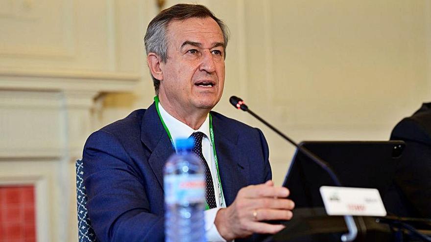 González-Bueno asegura que la vocación de Sabadell es seguir en solitario