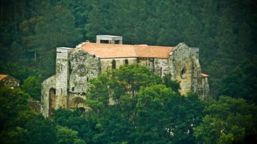Carboeiro: esplendor románico