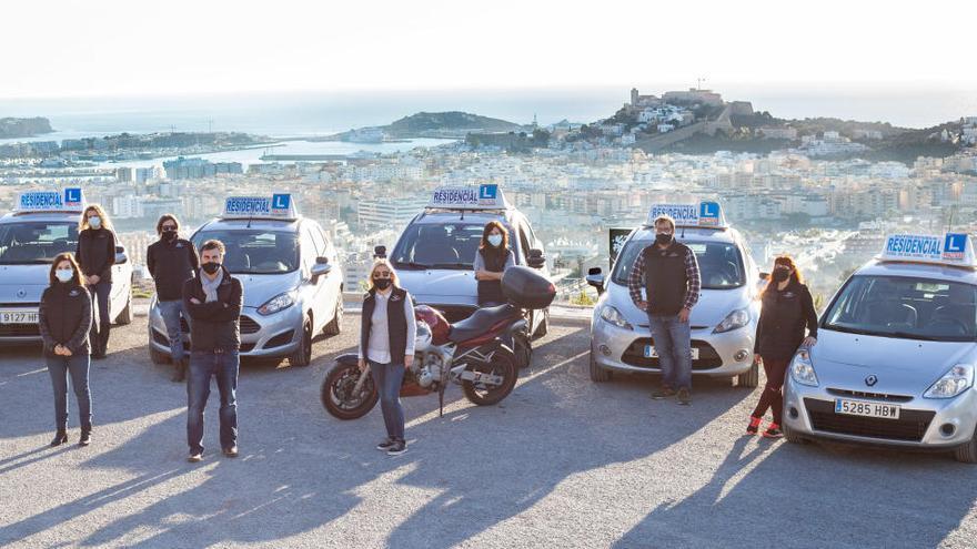 Carnet de conducir en Ibiza: Ayudas de hasta 140 euros para trabajadores en ERTE y sanitarios