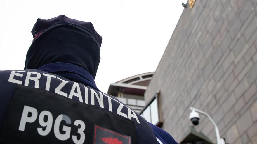Un hombre mata presuntamente a su mujer y se suicida en Vizcaya
