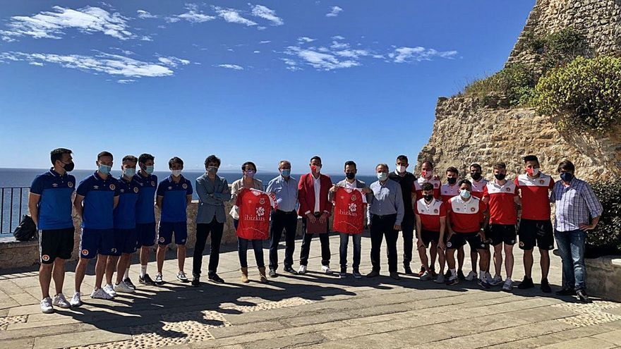 Recepción al CD Ibiza en el Ayuntamiento de Ibiza por su ascenso a la Segunda RFEF