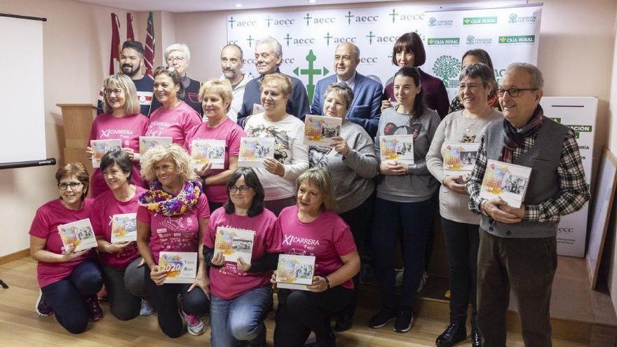 La AECC de Zamora presenta su nuevo calendario solidario