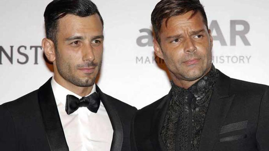 Ricky Martin presenta a su cuarto hijo