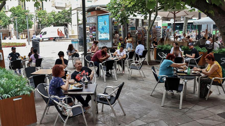 Los empresarios anuncian el cierre de tres de cada diez restaurantes y bares de Mallorca