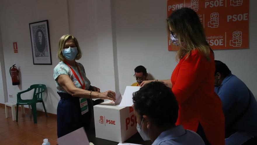 Susana Díaz gana las primarias en Córdoba con un resultado muy ajustado