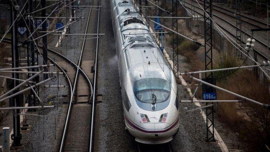 Renfe suspende 892 trenes de AVE, de media y larga distancia por una huelga
