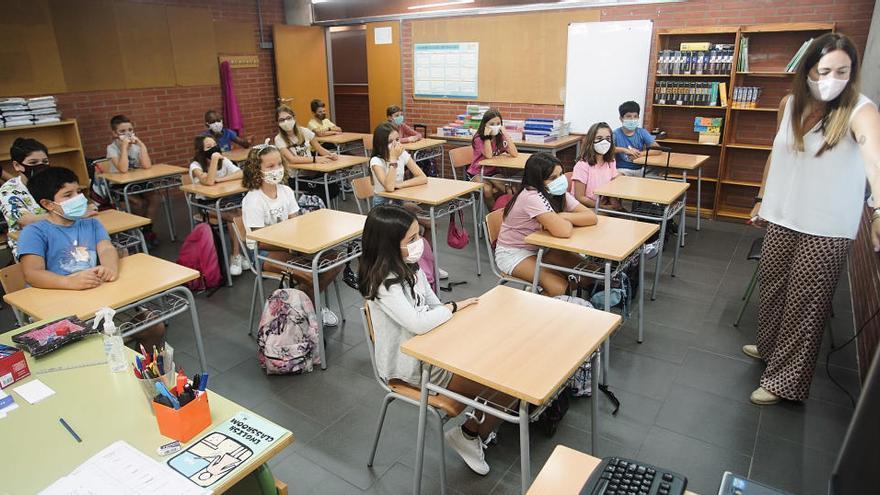 Pugen a 1.417 els grups escolars tancats i a 34.612 les persones confinades