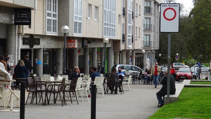 Desescalada Galicia | Hostelería hasta las nueve, pero sin reuniones de no convivientes en casa