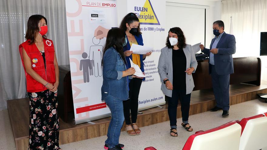 Cruz Roja Zamora entrega los diplomas del curso de limpieza