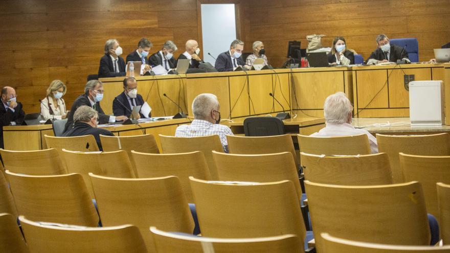 Fenoll y los políticos acusados por las basuras de Calp se niegan a responder a Anticorrupción