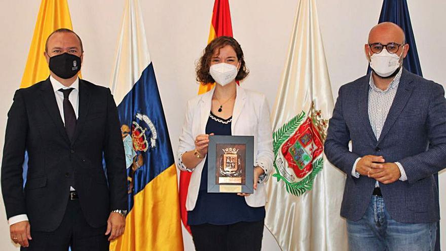 Reconocimiento municipal  a la ajedrecista Sabrina Vega
