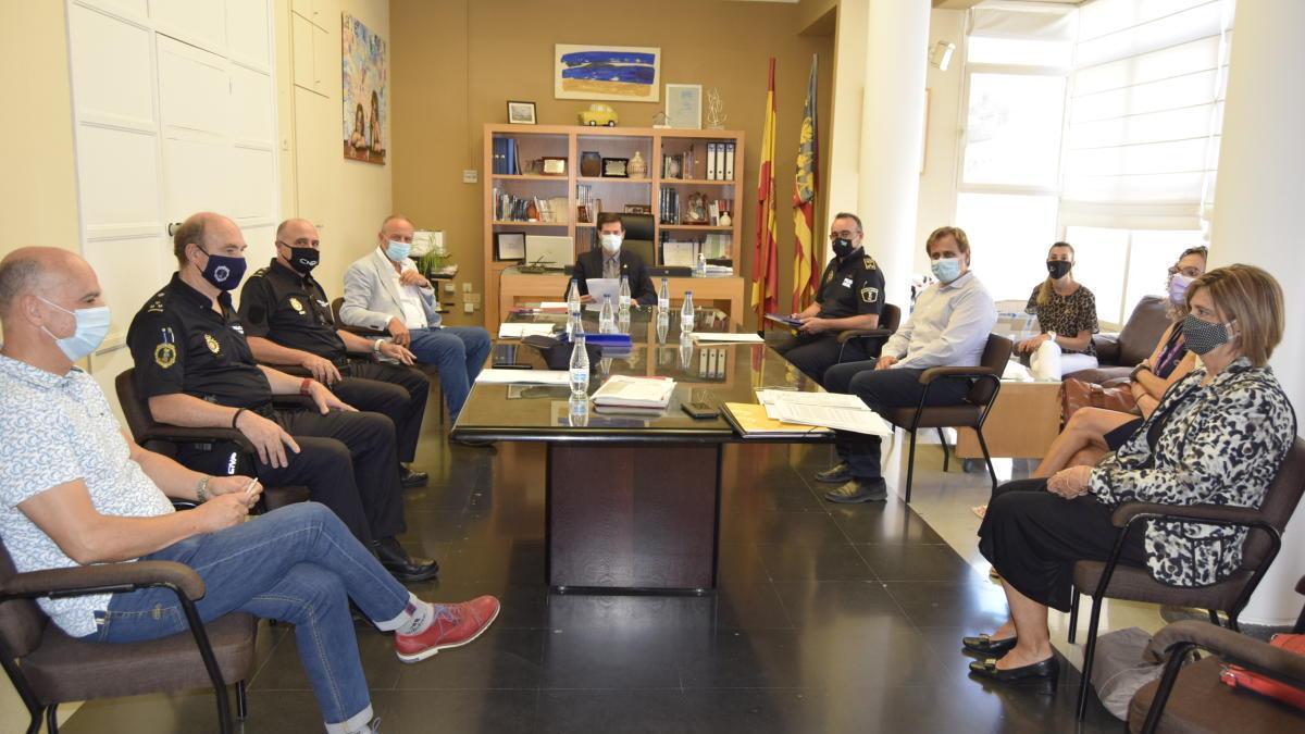 Burjassot renueva sus protocolos de colaboración entre la Policía Nacional y la Policía Local