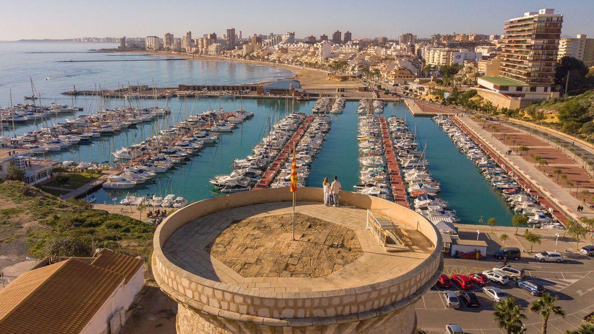 Las dos Torres Vigías están declaradas Bienes de Interés Cultural en El Campello