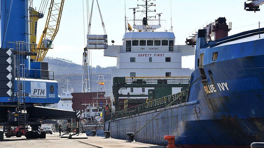 Transportes da un leve impulso al ferrocarril del puerto exterior al actualizar su estudio ambiental