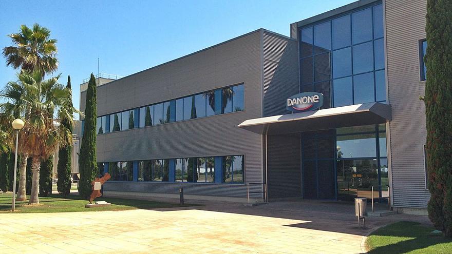 La planta de Danone en  Aldaia obvia el ERE y logra más productos para Europa