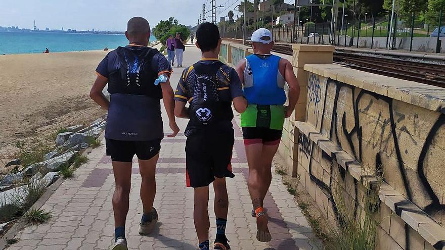 Córrer tres maratons seguides des de Girona per l'ELA