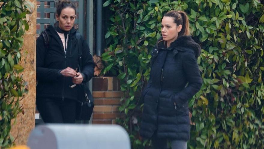 Eva González desconecta con sus amigos en Madrid