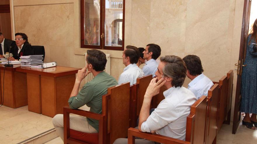 Condenados a penas de 1 año y 9 meses los Ruiz Mateos por la estafa de un hotel en Mallorca