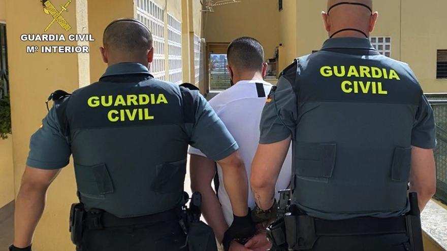 Cuatro jóvenes detenidos por herir de gravedad a otro en una discoteca de Cieza