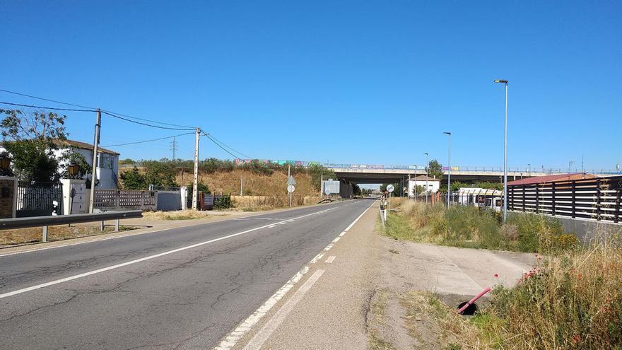 Villagodio pone en servicio el nuevo alumbrado público en la travesía de la N-122