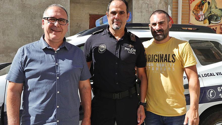 Dimite un concejal de Villalonga entre dudas de amaño en el concurso de policías
