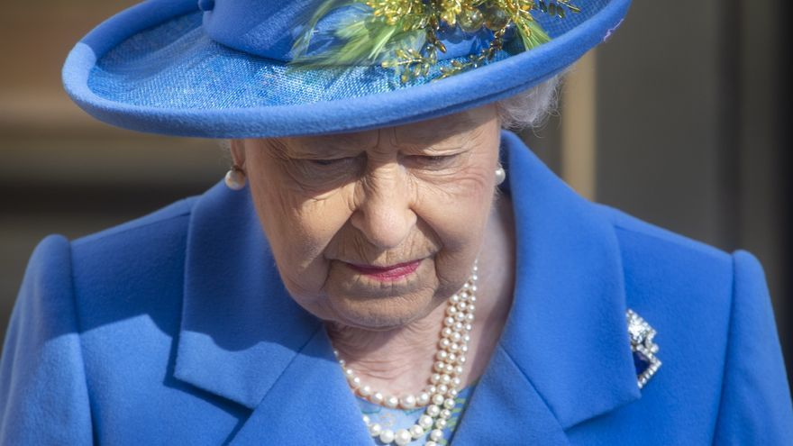 Isabel II no asistirá a la cumbre del clima tras ser hospitalizada