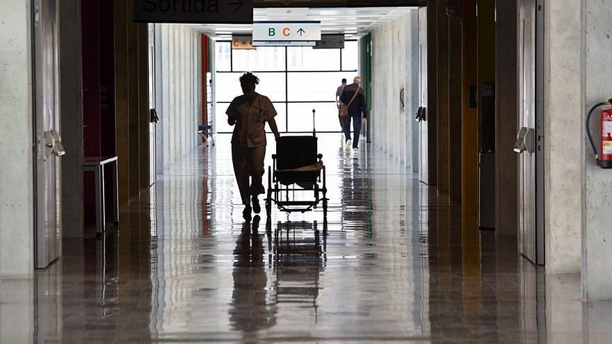 Los casos activos de covid en Ibiza y Formentera caen un 6,1% en una sola jornada