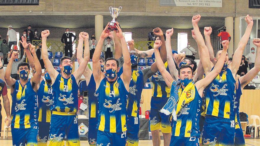 Doble éxito del baloncesto valenciano