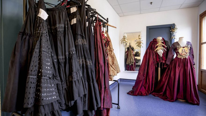 Un vestuario iconoclasta para el regreso de la ópera al Teatre Principal