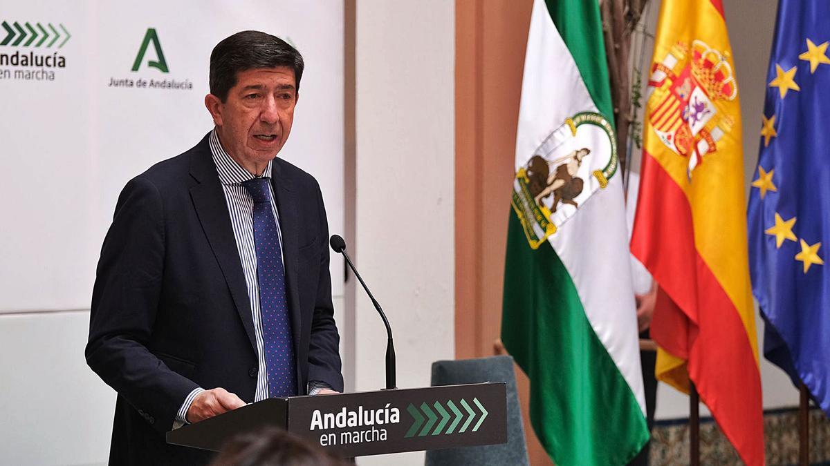 Juan Marín, ayer en la firma del convenio del PFEA