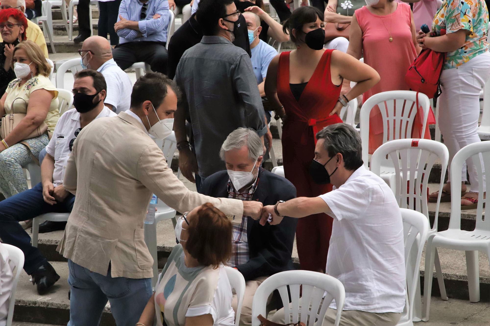 Julio Anguita homenajeado por el PCE en el Teatro de la Axerquía