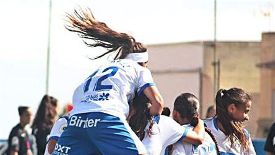 Un gol de Cindy en el alargue le da un merecido punto a la UDG Tenerife B ante el líder