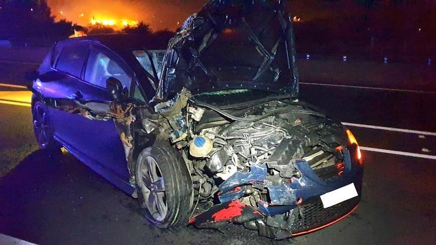 La Autovía do Salnés, cortada 4 horas en Meis por un accidente de tráfico con dos heridos