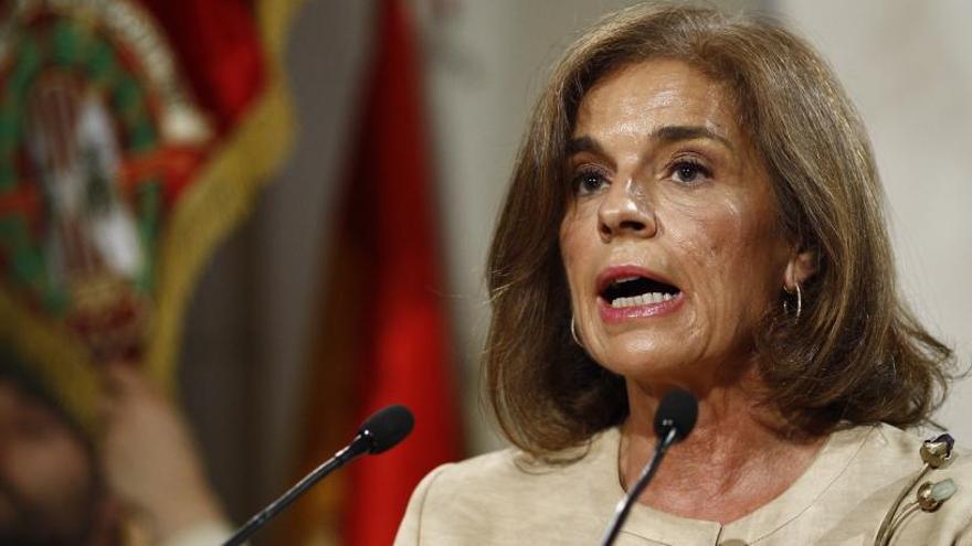 Ana Botella i set exalts càrrecs, condemnats per malvendre pisos públics a fons voltors