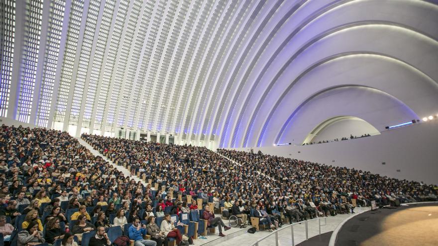 El Calatrava ofrecerá tres espectáculos gratuitos para 600 niños estas Navidades