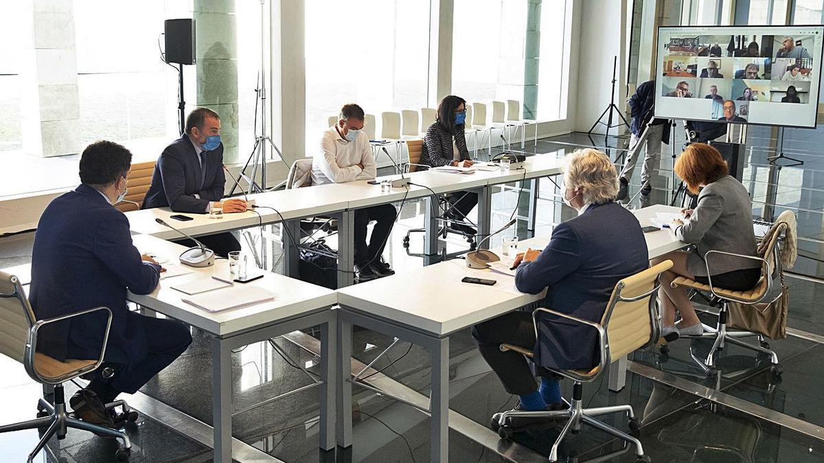 Reunión, ayer, del comité educativo de la Xunta