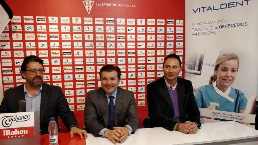 El Sporting firma un convenio de colaboración con una clínica dental