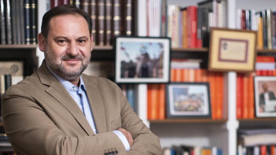 Ábalos, ministro de Transportes y Movilidad