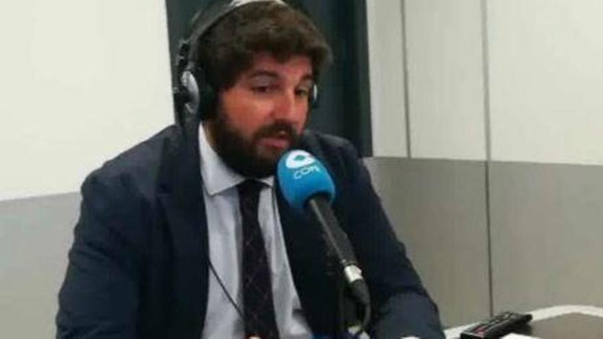 """López Miras achaca la """"segunda oleada"""" de coronavirus """"a la falta de trabajo"""" del Gobierno central"""