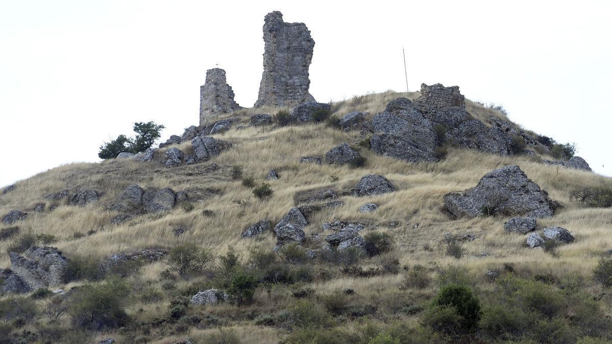 Restos del castillo de Lara, en Burgos.