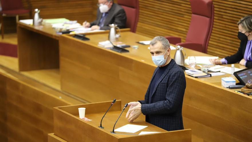 """Cs exige a todos los miembros del Consell que acrediten su nivel de valenciano tras """"imponerlo"""" al funcionariado"""