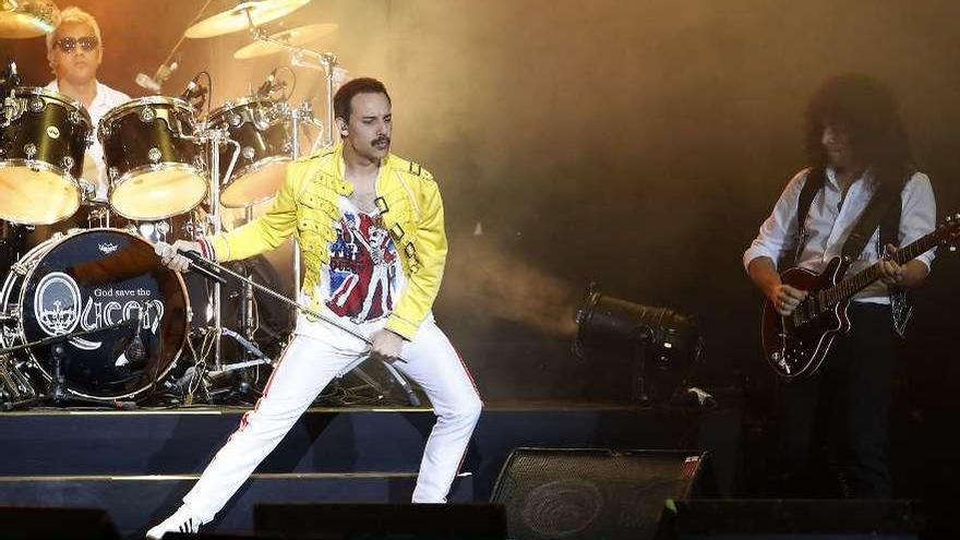 La pasión de Freddie Mercury vuelve a abanderar Queen en el Auditorio Mar de Vigo
