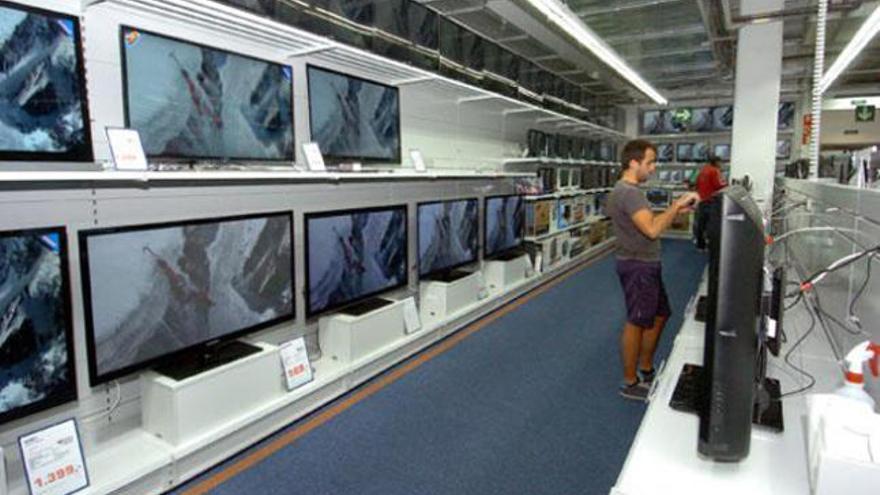 Saturn cierra en Canarias y reabre como Media Markt